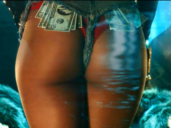 Rihanna - Pour It Up (Explicit).mp4_20131006_195517.153.jpg
